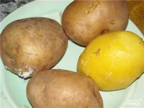Картофельные котлеты с брынзой - фото шаг 1