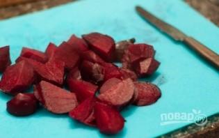 Салат с черносливом и грецким орехом - фото шаг 5