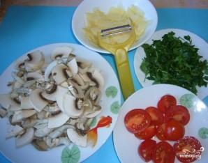 Салат с жареными грибами и сыром - фото шаг 3