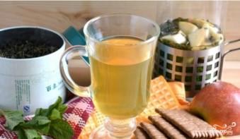 Зеленый чай с ромашкой - фото шаг 3