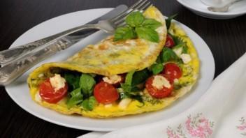 Омлет с сыром и зеленью - фото шаг 7