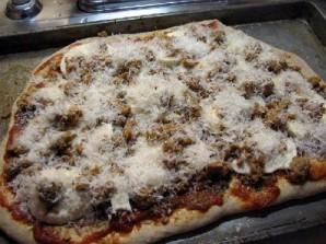 Пицца с колбасой - фото шаг 16