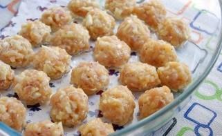 Куриные шарики в сливочном соусе - фото шаг 4