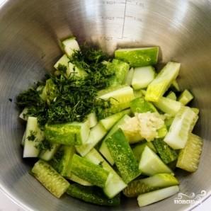 Салат из огурцов - фото шаг 3