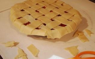 Пирог с вишней из песочного теста - фото шаг 11
