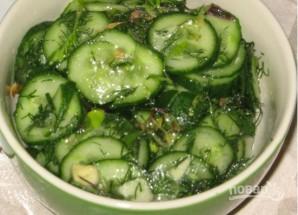 Салат на зиму из огурцов - фото шаг 2