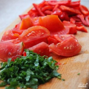 Витаминный салат из капусты - фото шаг 2