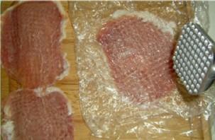 Мясные рулетики с сыром - фото шаг 2