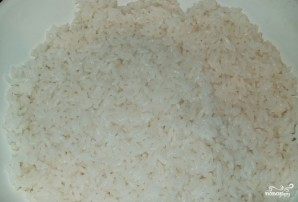 Фаршированный кальмар с рисом и яйцом - фото шаг 1