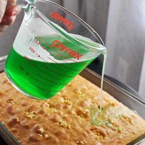 Заливка из желатина для торта - фото шаг 5