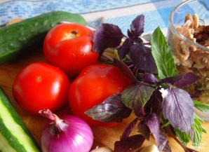 Грузинский салат - фото шаг 1