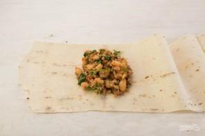 Конвертики с фаршем и фасолью в лаваше - фото шаг 6