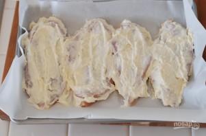 Куриная грудка в кефире в духовке - фото шаг 1