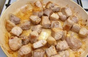 Мясо, тушенное в сметане - фото шаг 2
