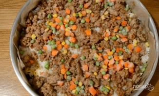 Пирог-перевертыш с мясом и грибами - фото шаг 8