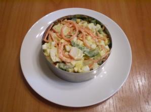 Салат с корейской морковкой и кукурузой - фото шаг 6