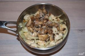 Куриное филе в грибном соусе - фото шаг 5