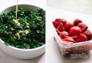 Оригинальный салат с клубникой - фото шаг 4