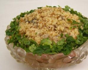 Салат с грибами и черносливом - фото шаг 4