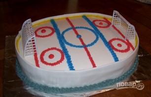 Торт с хоккейной тематикой - фото шаг 5