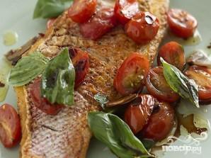Морская рыба с томатами и зеленью - фото шаг 3
