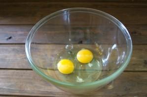 Кляр из майонеза и яиц - фото шаг 2