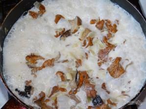 Петровское мясо в горшочках - фото шаг 5
