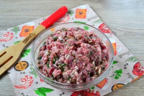 Обалденные колбаски с зеленью и чесноком - фото шаг 6