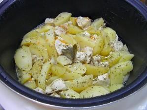Куриная грудка с картошкой в мультиварке - фото шаг 7