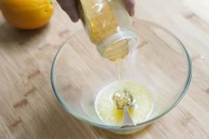 Курица в апельсиново-медовом соусе - фото шаг 1