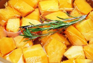 Крем-суп из тыквы со сливками - фото шаг 4