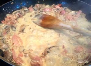 Спагетти с грибами в сливочном соусе - фото шаг 10
