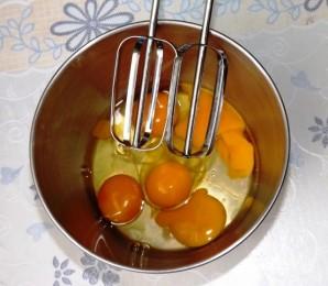 Торт бисквитный с фруктами - фото шаг 3