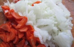 Кижуч, запеченный с картофелем - фото шаг 1