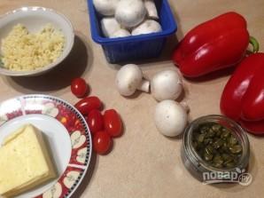 Перец, запеченный с пастой, грибами и сыром - фото шаг 1