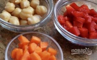 Салат из консервированного тунца с фасолью - фото шаг 1
