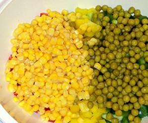 Желейный салат с яйцами и овощами - фото шаг 4