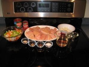 Куриные грудки с томатным соусом - фото шаг 1