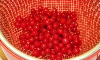 Варенье из красной смородины без закатки - фото шаг 2