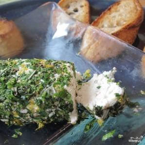 Брускетта с зеленью и козьим сыром - фото шаг 4
