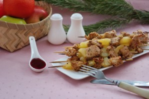 Индейка с ананасами на шпажках - фото шаг 10