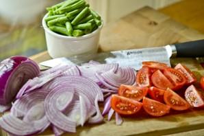 Салат с семгой на Новый Год - фото шаг 3