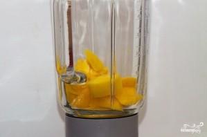 Смузи из манго и абрикоса - фото шаг 2