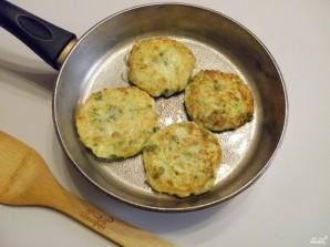 Оладьи из кабачков с сыром - фото шаг 6