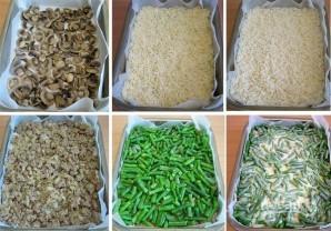 Пирог-перевертыш с грибами, фаршем и рисом - фото шаг 7