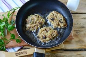 Котлеты из кабачков с грибами - фото шаг 6