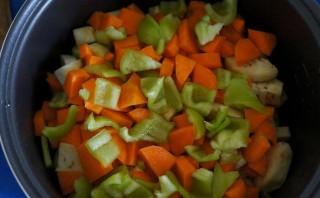 Тушеные овощи в мультиварке - фото шаг 4