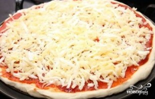 Пицца с шампиньонами - фото шаг 6