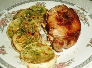 Свинина с помидорами на сковороде - фото шаг 14