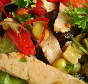 Салат с жареной свининой - фото шаг 3